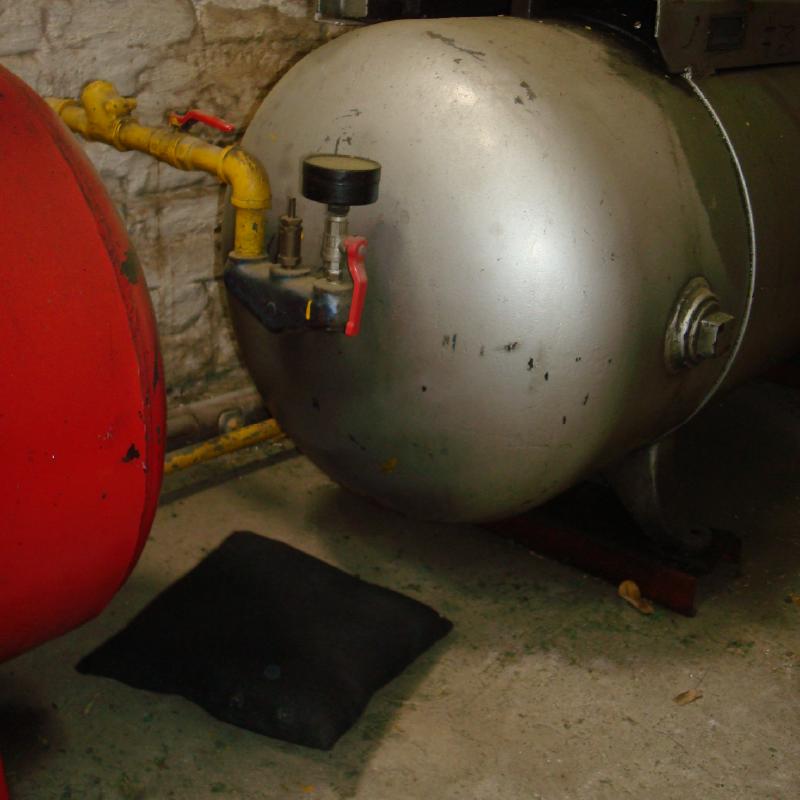 Absorbente Industrial Ultrabsorb en cojin